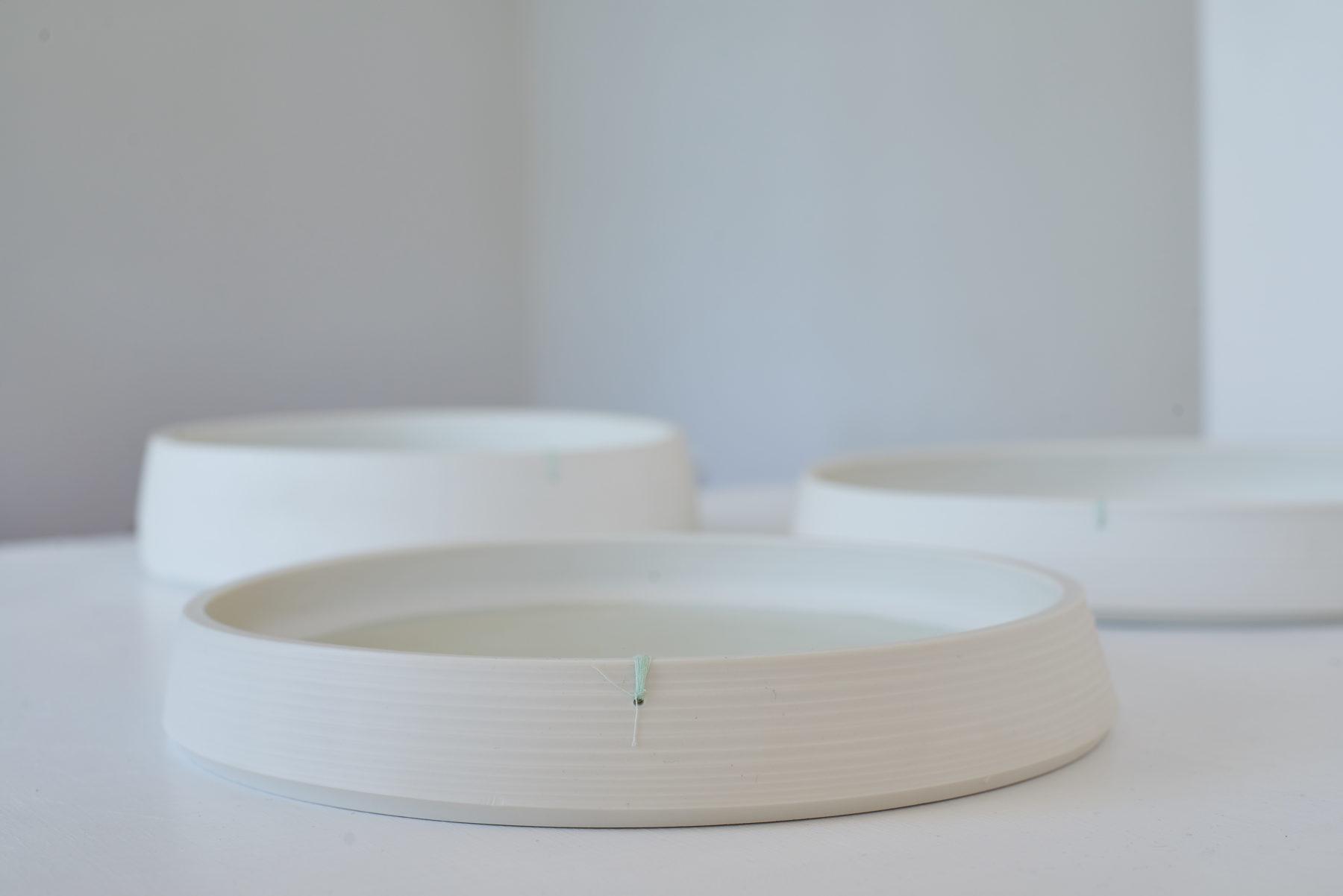 atelier helga ritsch porzellanschalen flach mit marke. Black Bedroom Furniture Sets. Home Design Ideas